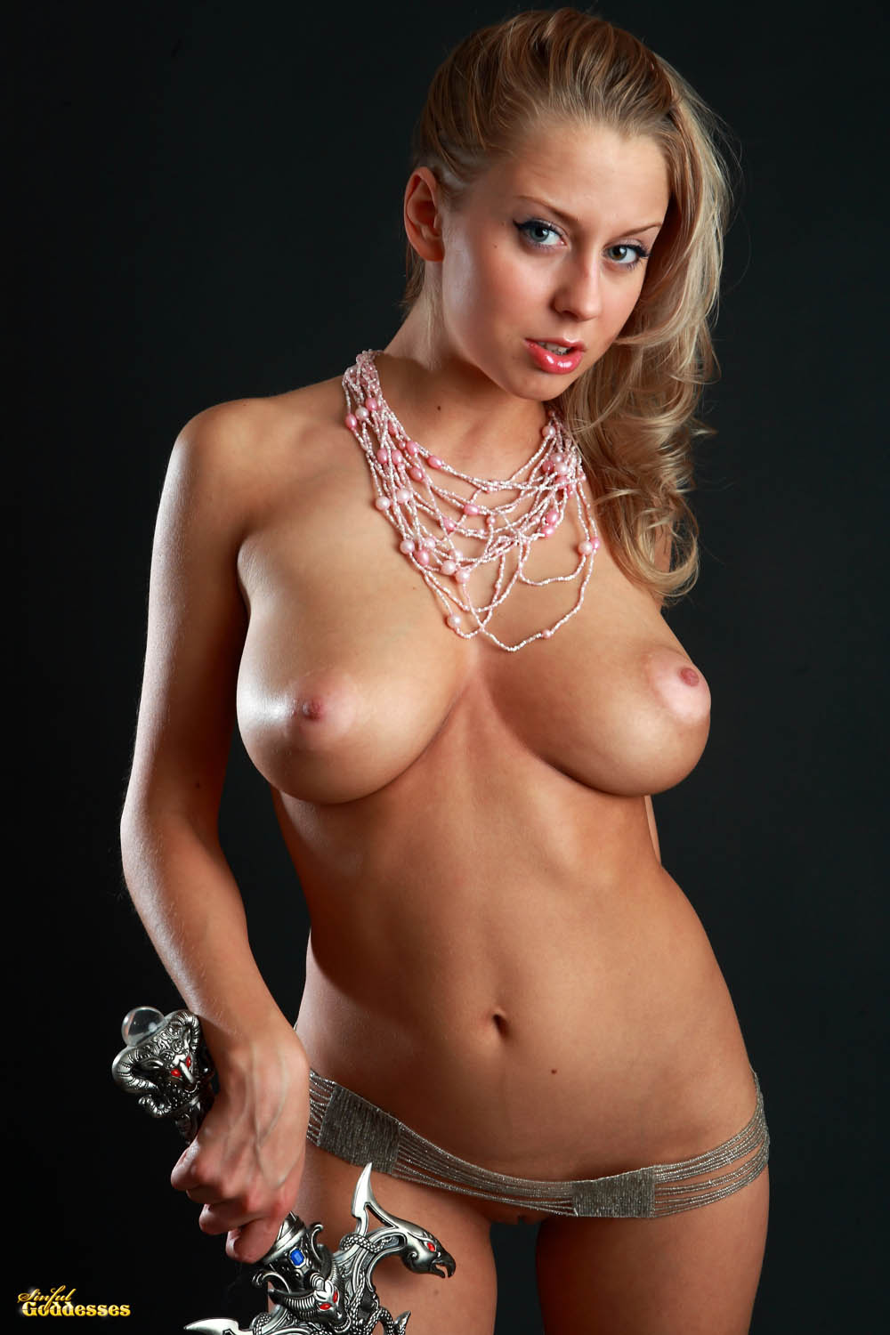 image Alyssa cole flashing tits in the park