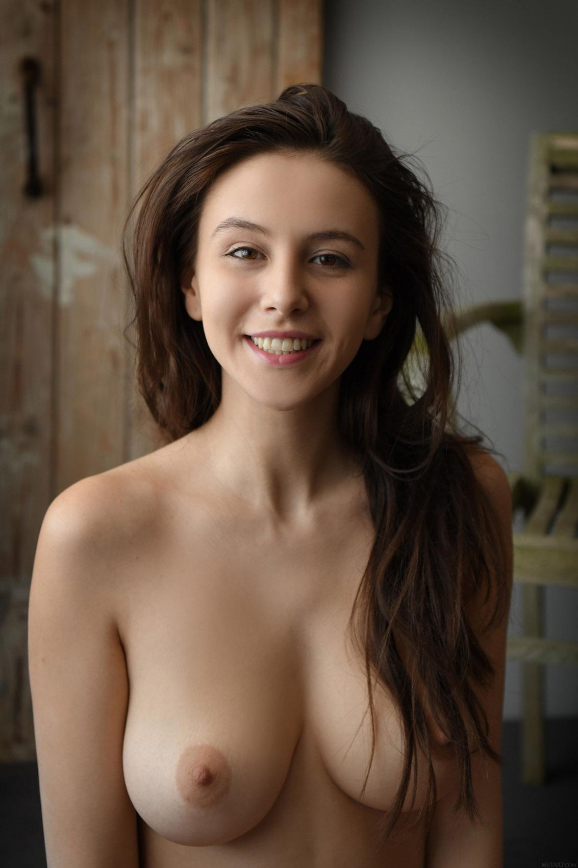 Alisa Sex Video alisa amore presenting met art - cherry nudes