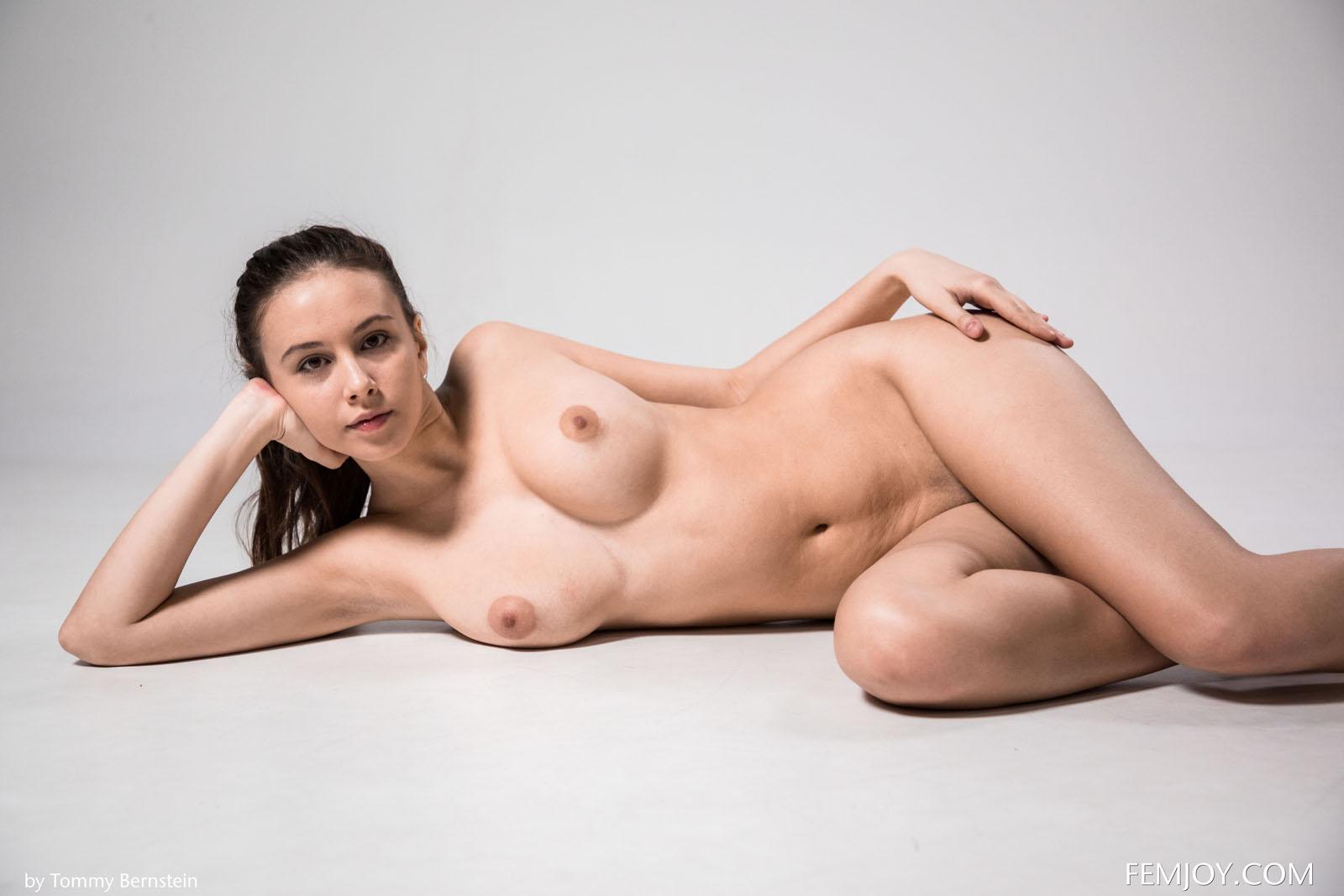 Alisa I Nude Exercise Femjoy 5-9466