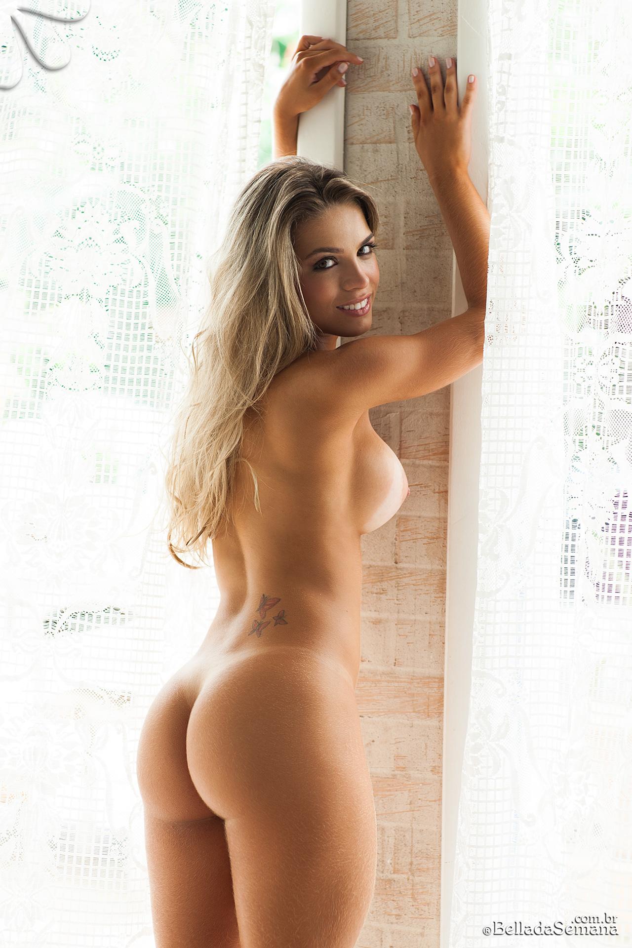bella club nude pics