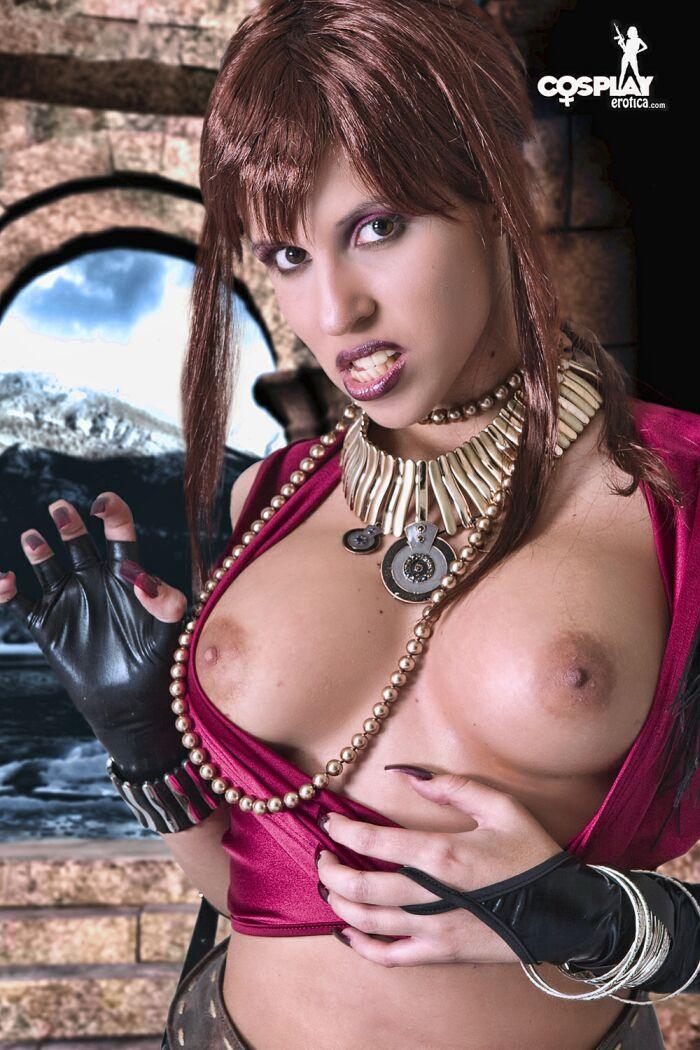 chanies woman naked vagina