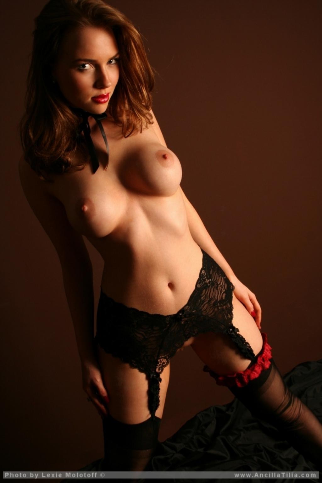 Jaclyn Swedberg Nude | Hot Girl HD Wallpaper