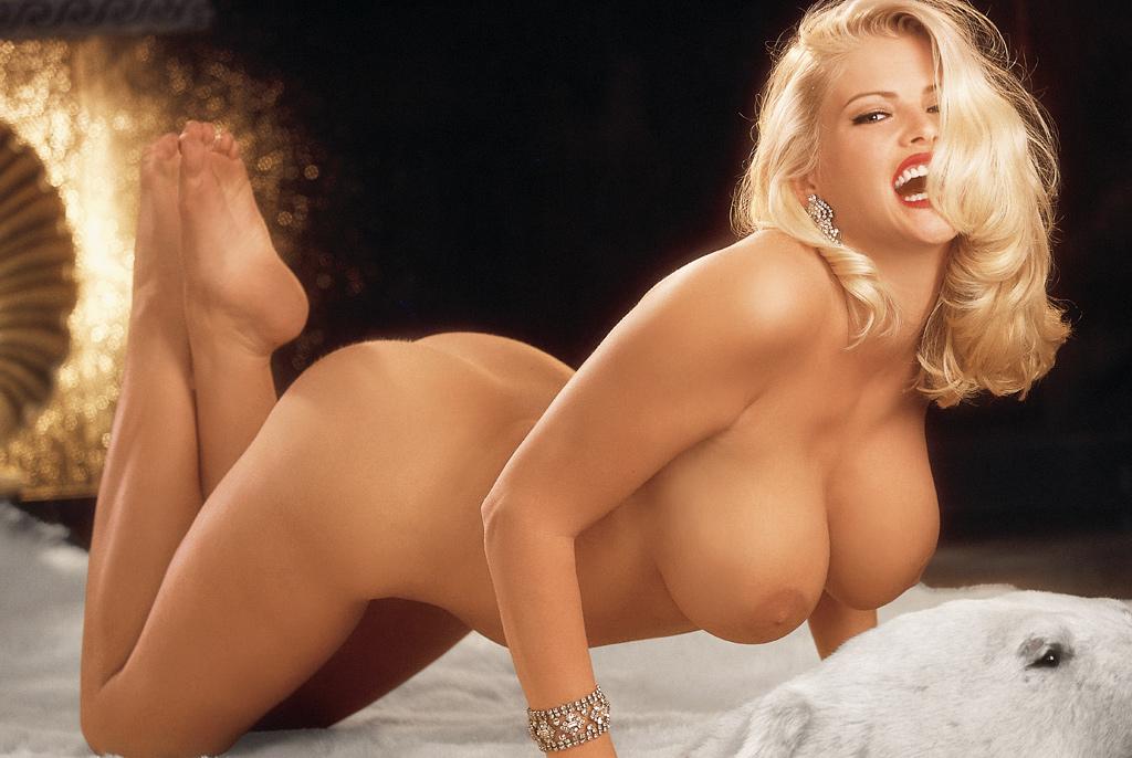 Nicole nude anna smith