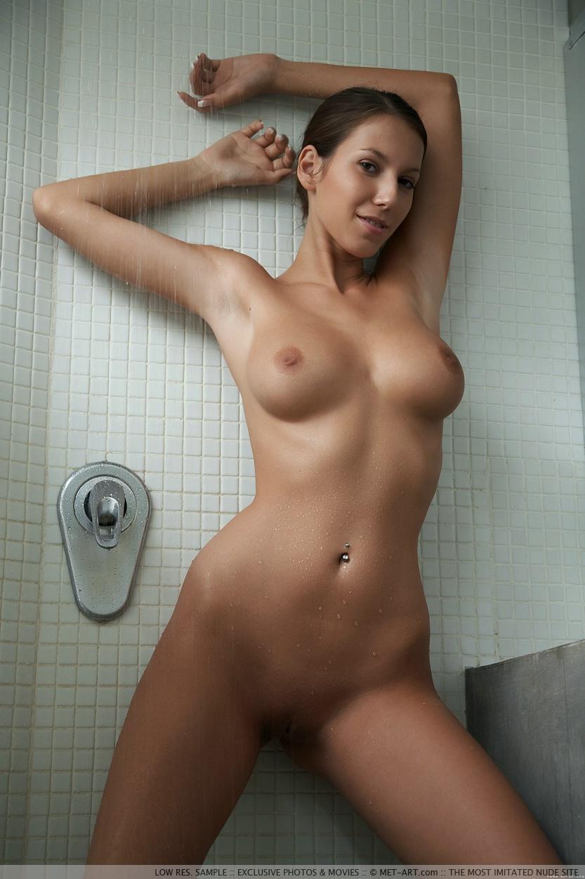 Opinion, girls peter dominic met art nudes commit error