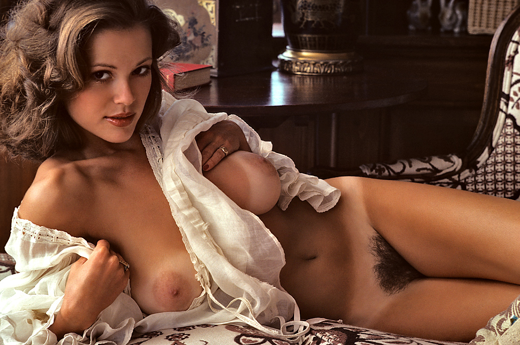 Hot nudes from the past, sexy amature breasts