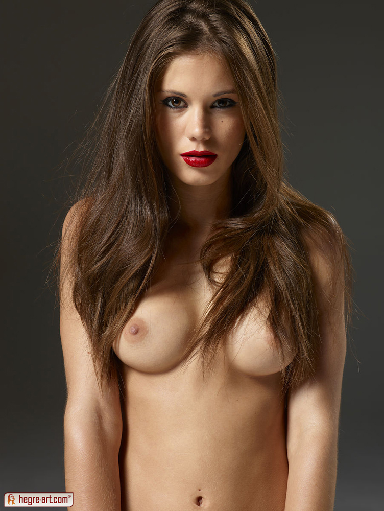 hot naked girls red lipstick