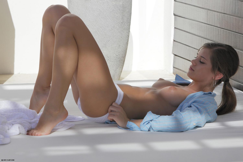 Sporty czech blonde bella morgan treated by daddy 3