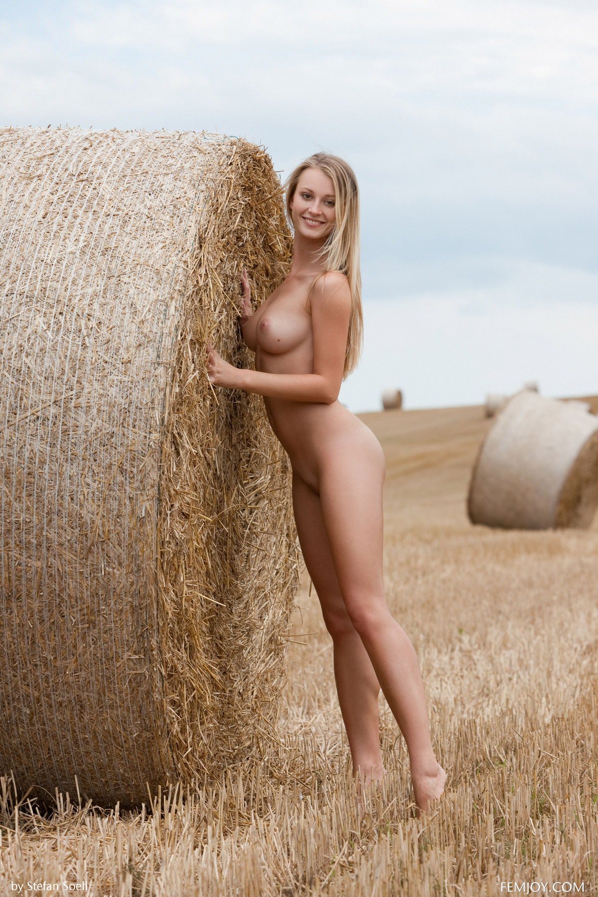 Situation Naked horny farm girls