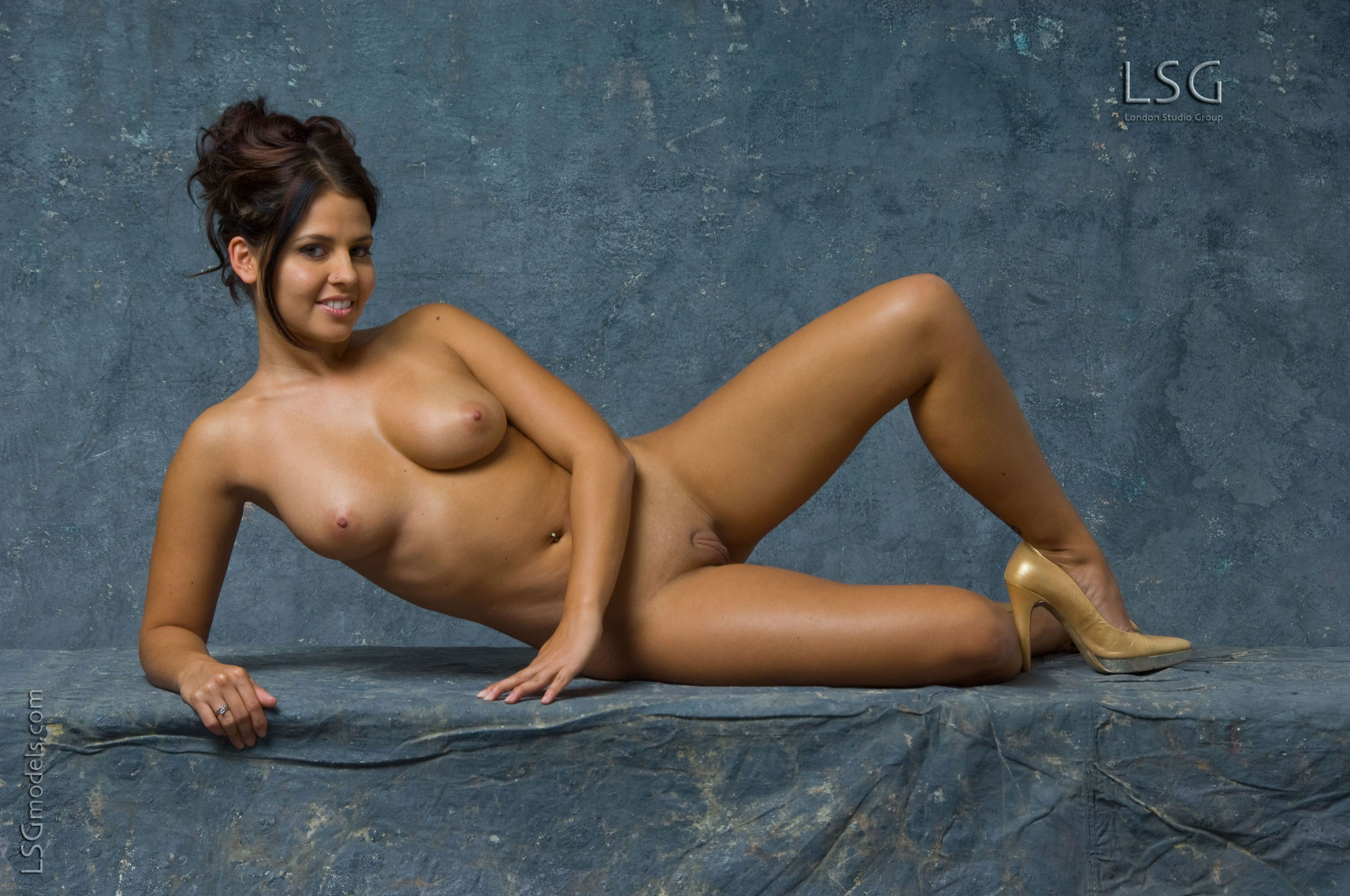 naked woman high quality