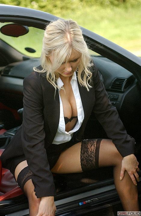 http://www.cherrynudes.com/chloe-boss-lady/5.jpg