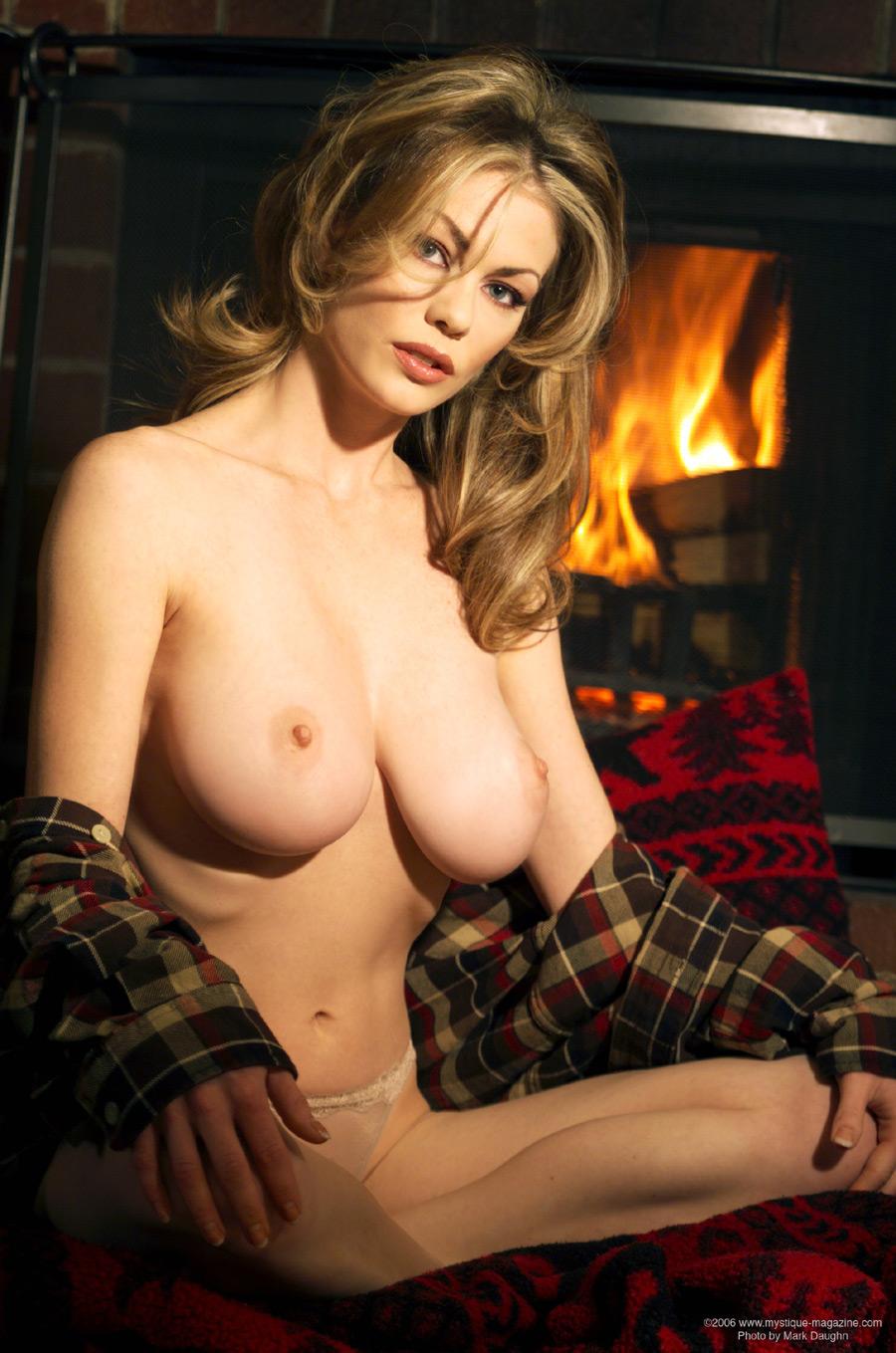 Crystal Beddows Mystique Nude