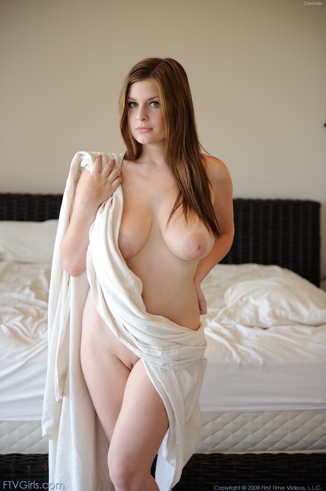 riesige titten nackt selfie