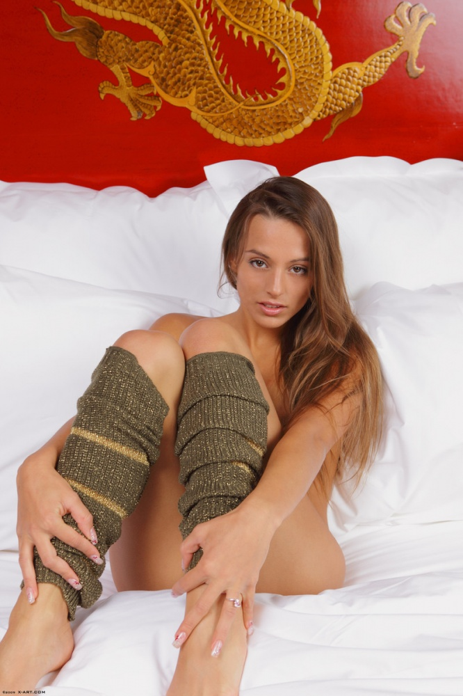 nude-wife-leg-warmers-helena-lopez-xxx