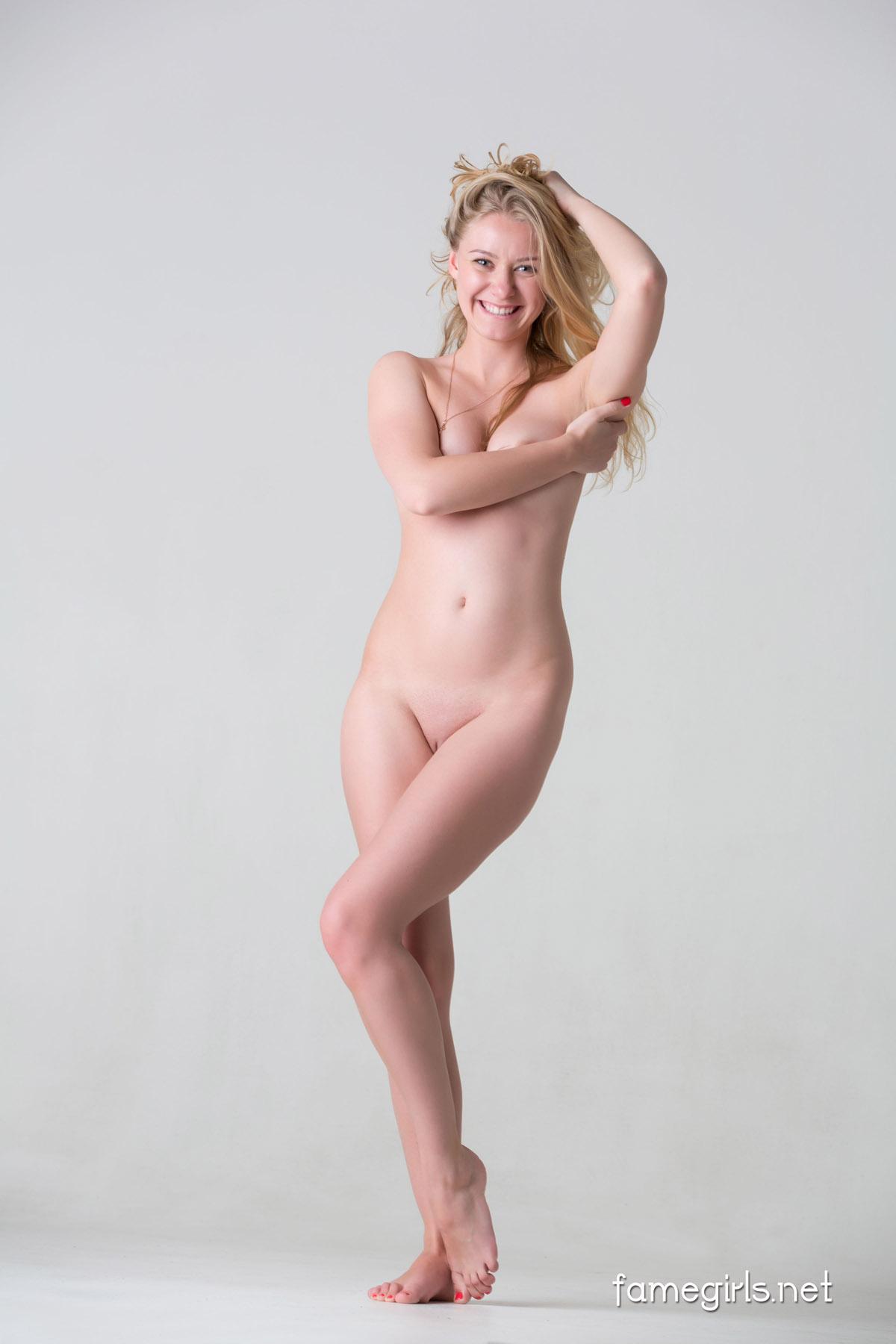 Omg Nude