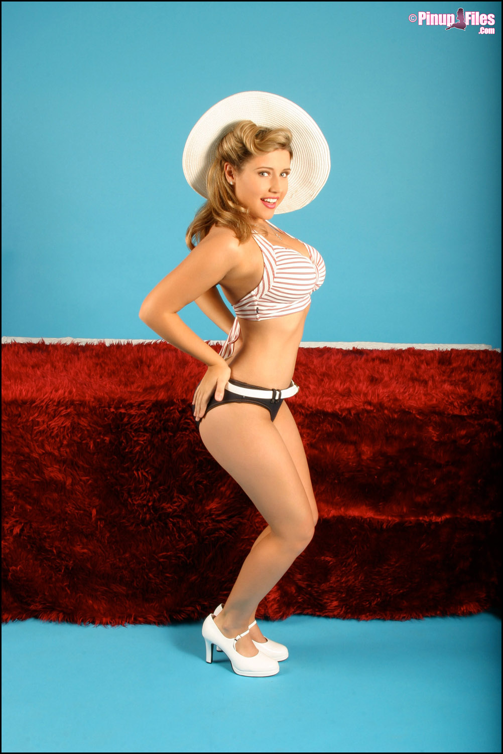 pinup Erica campbell