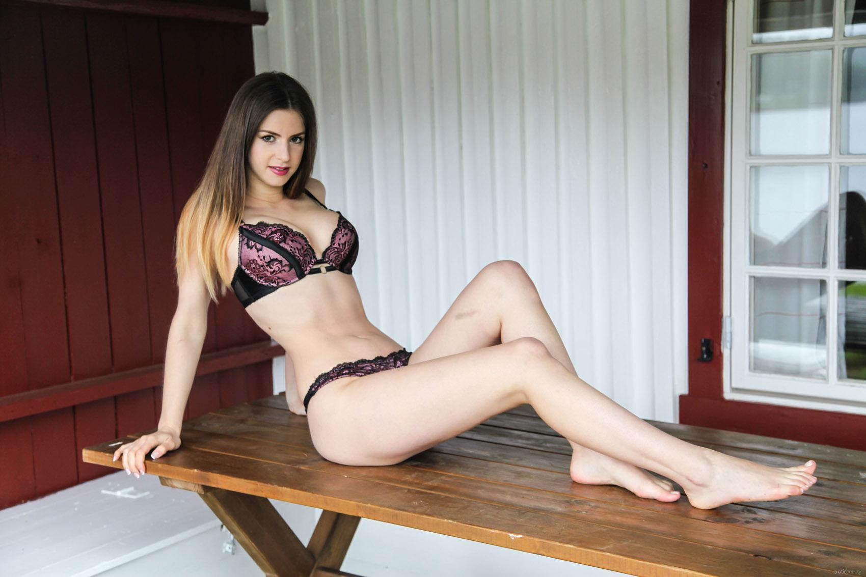 Homosexual Bodybuilders Girl Sexy Nudes String
