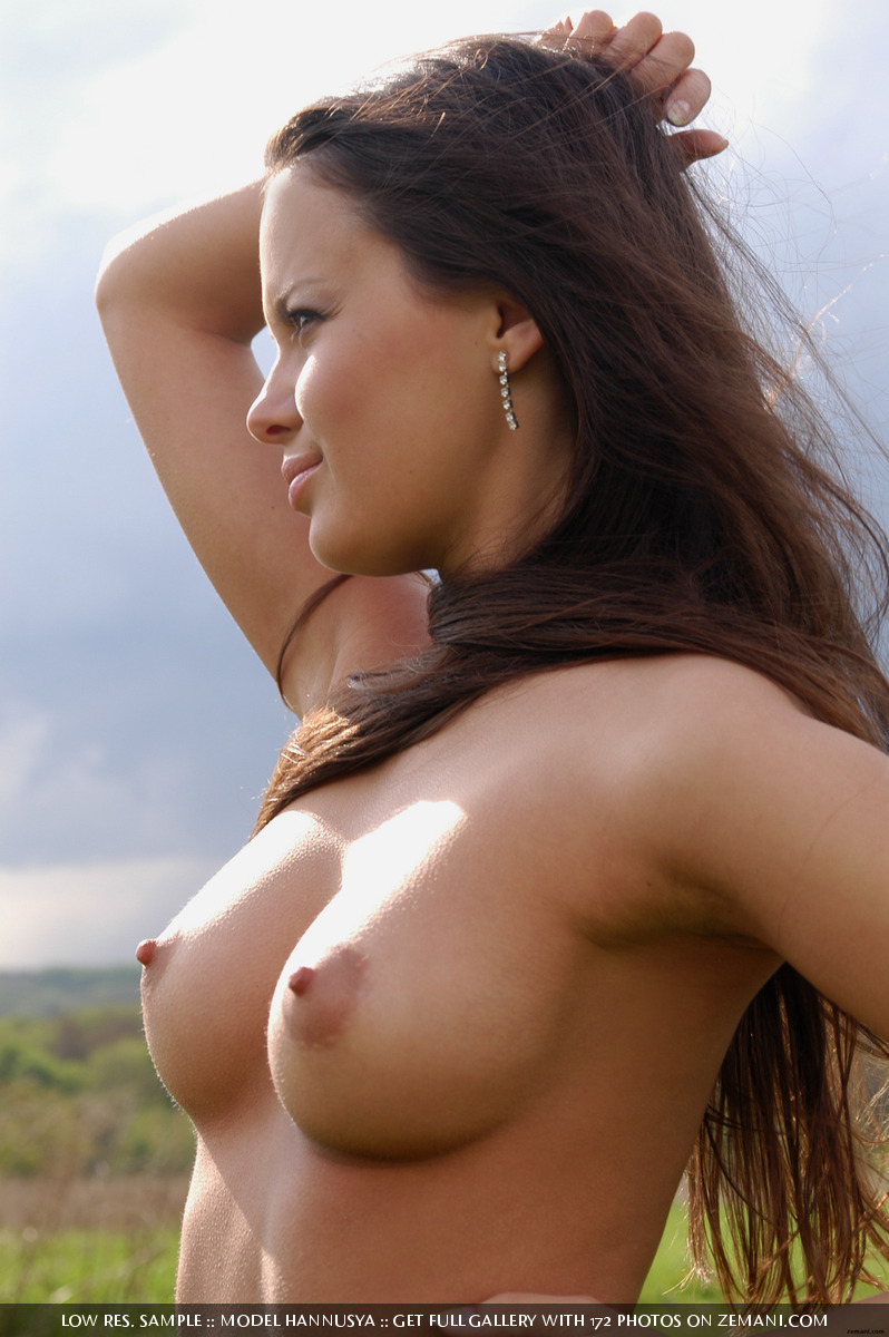 Alondra Naked cherry nudes - hanna bikini