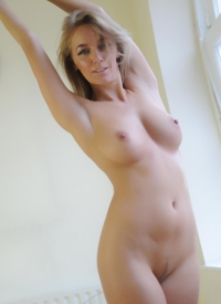 hayley marie nude waitress
