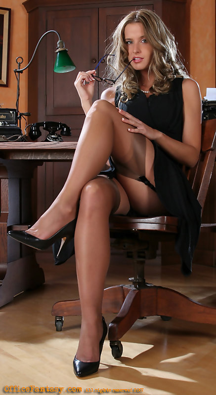 Recommend you sexy office girls pantyhose long sex pictures