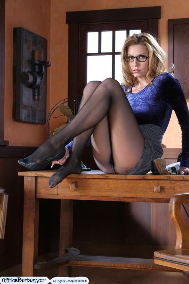 Nudes women secretary, bounce girls video