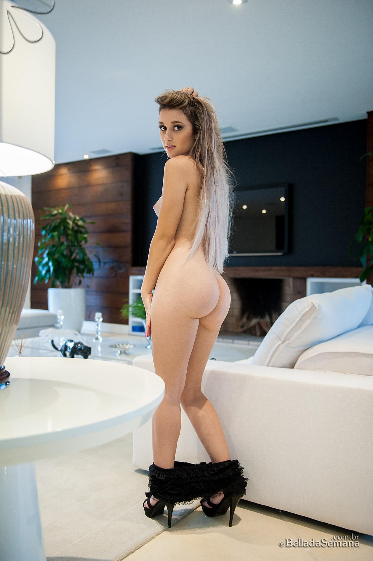 Janaina Perky and Naked Bella Club