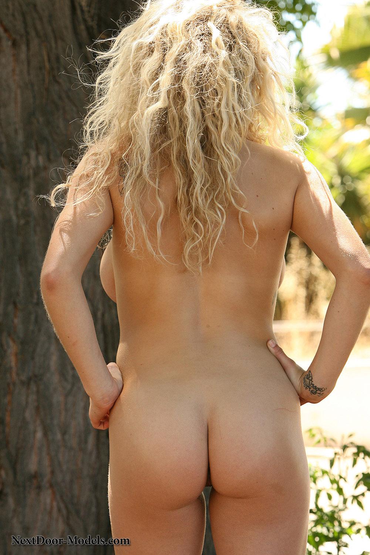kari sweets nude video