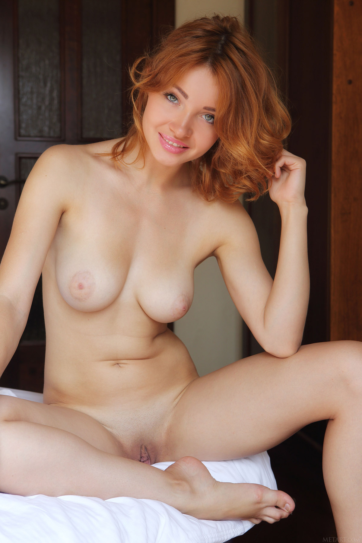 Art nude Met naked girls