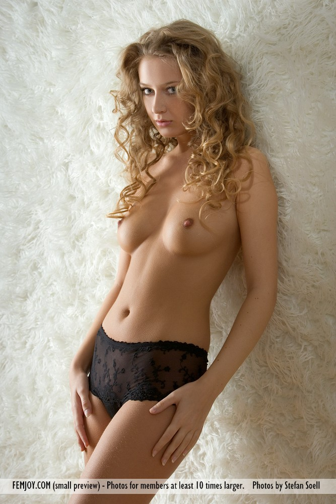 Curly haired nude girls