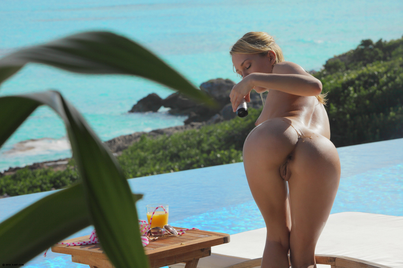 Have Naked art leila hot sun