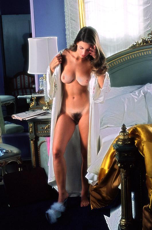 katy mixon nude boobs