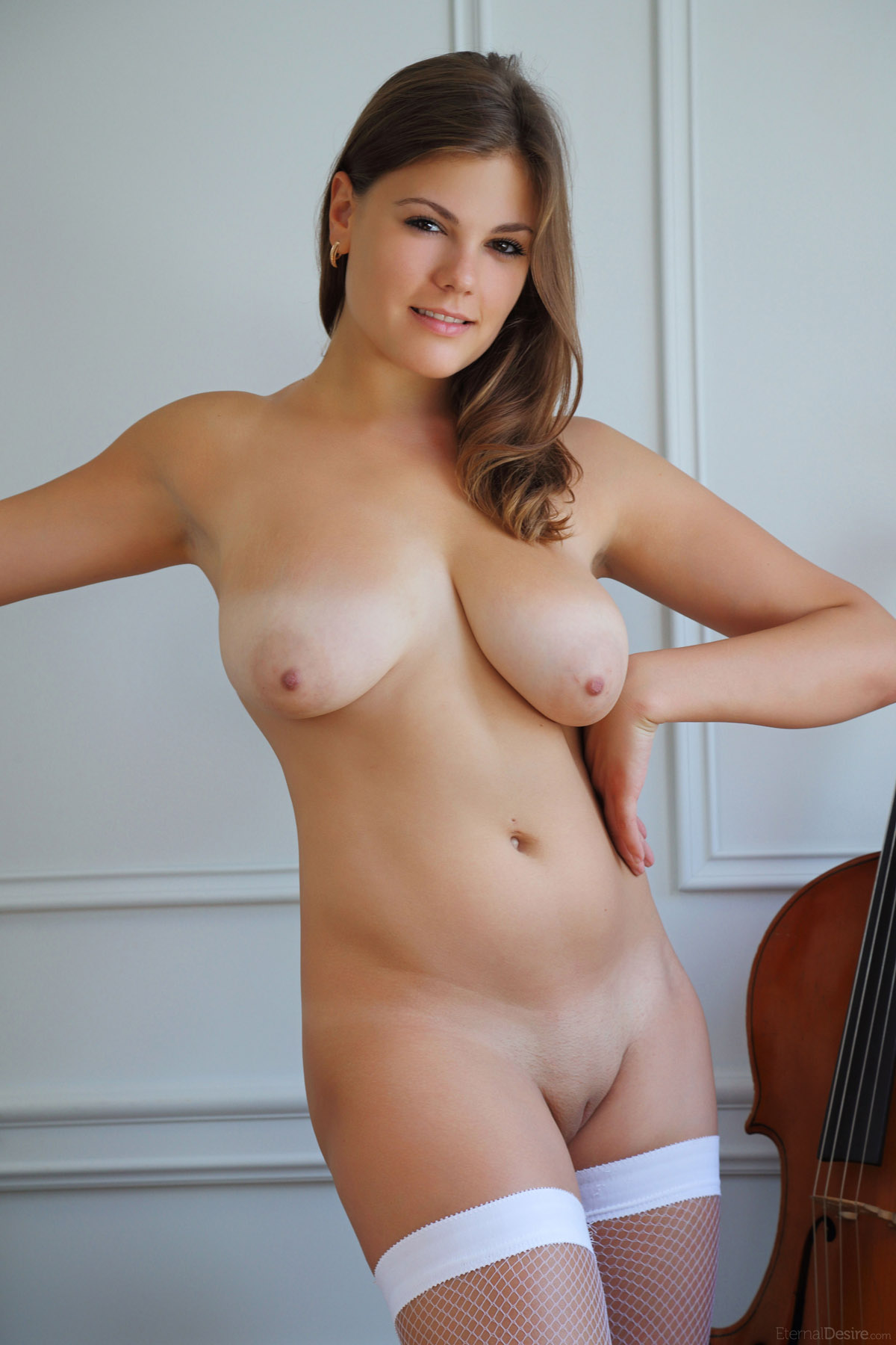 Lora elizabeth green and naked pictures — pic 12