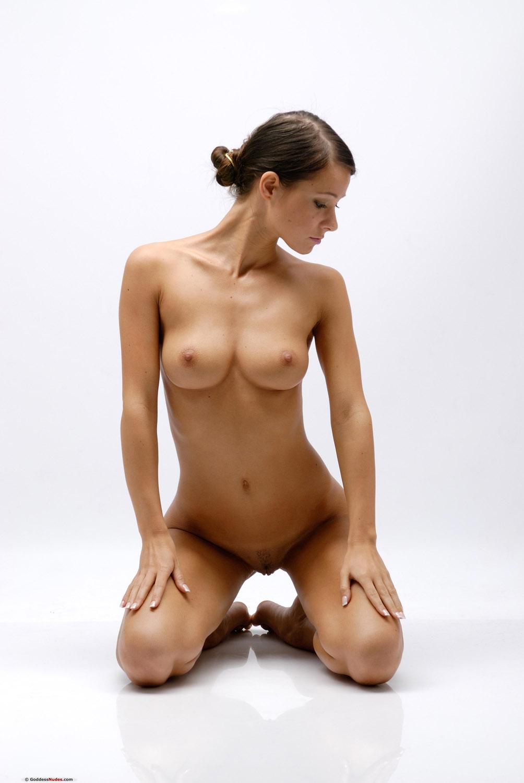 Nude girls new photos