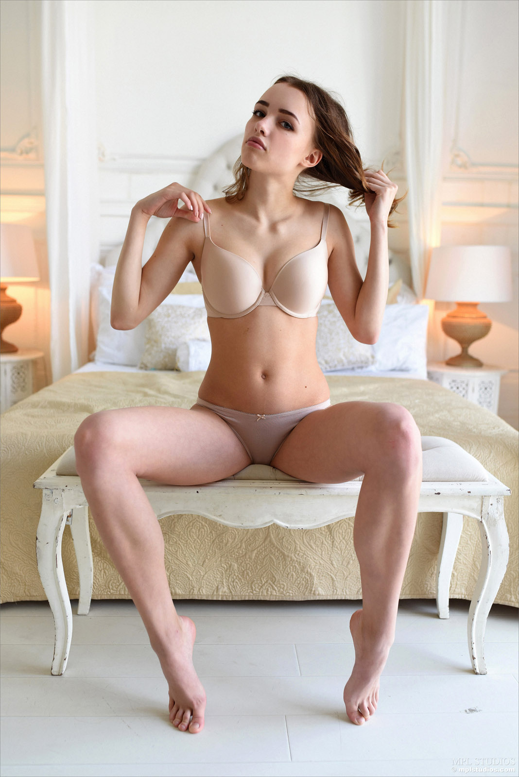 Amazing womens nude butts