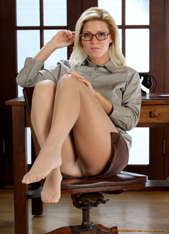Nikki Office Beauty