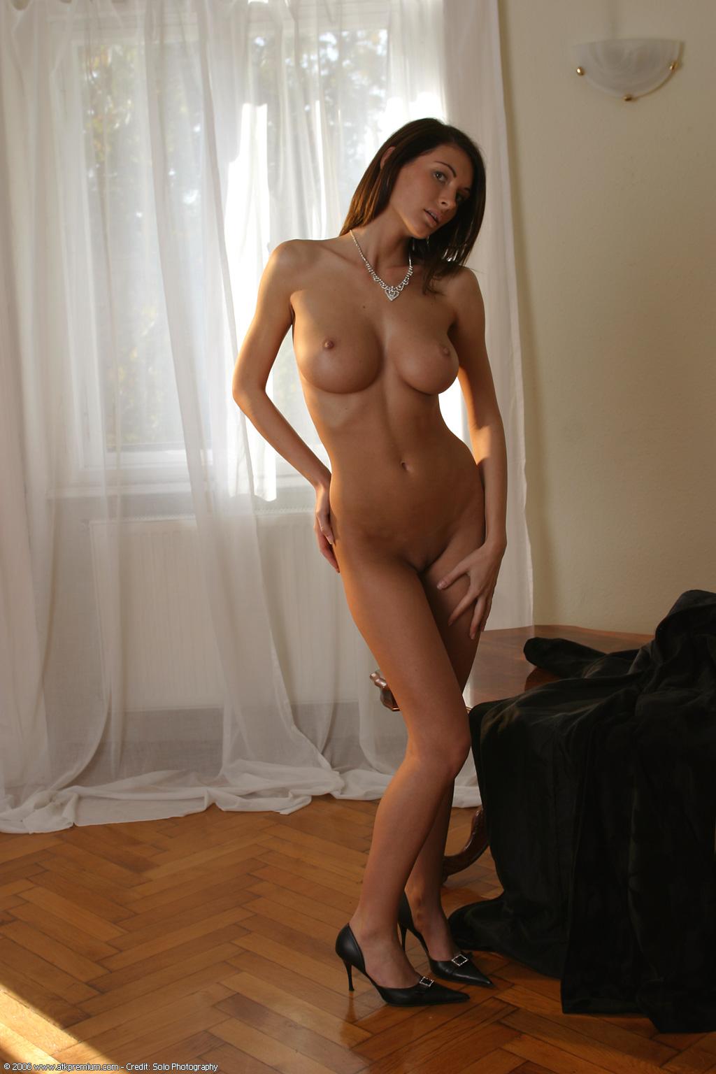 Cute nude emo girls naked