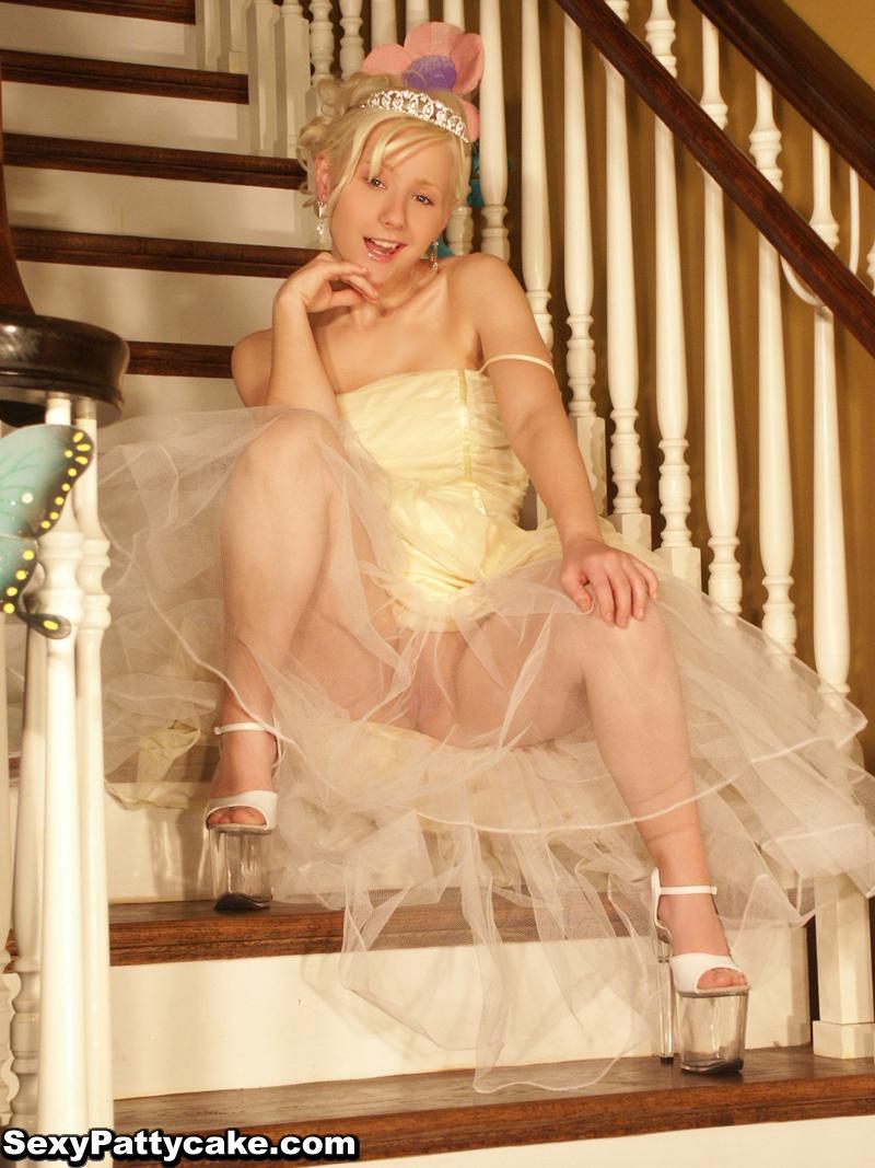 Pattycake Prom Dress-4601