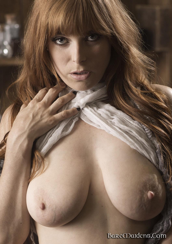 nude Bare maidens