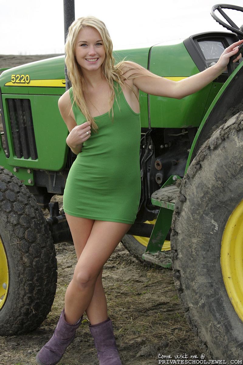 Private School Jewel Tractor