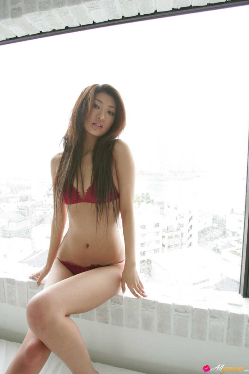 Sayaka ando going completely naked pics