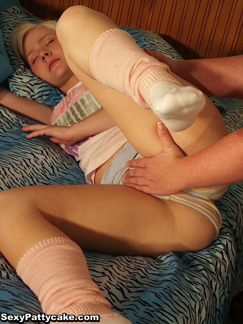 nude-fingered-sex-menstruationssex