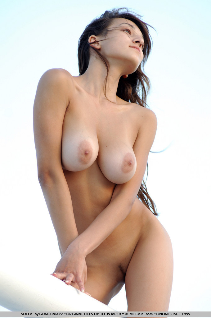 curvy actrice porno israelienne