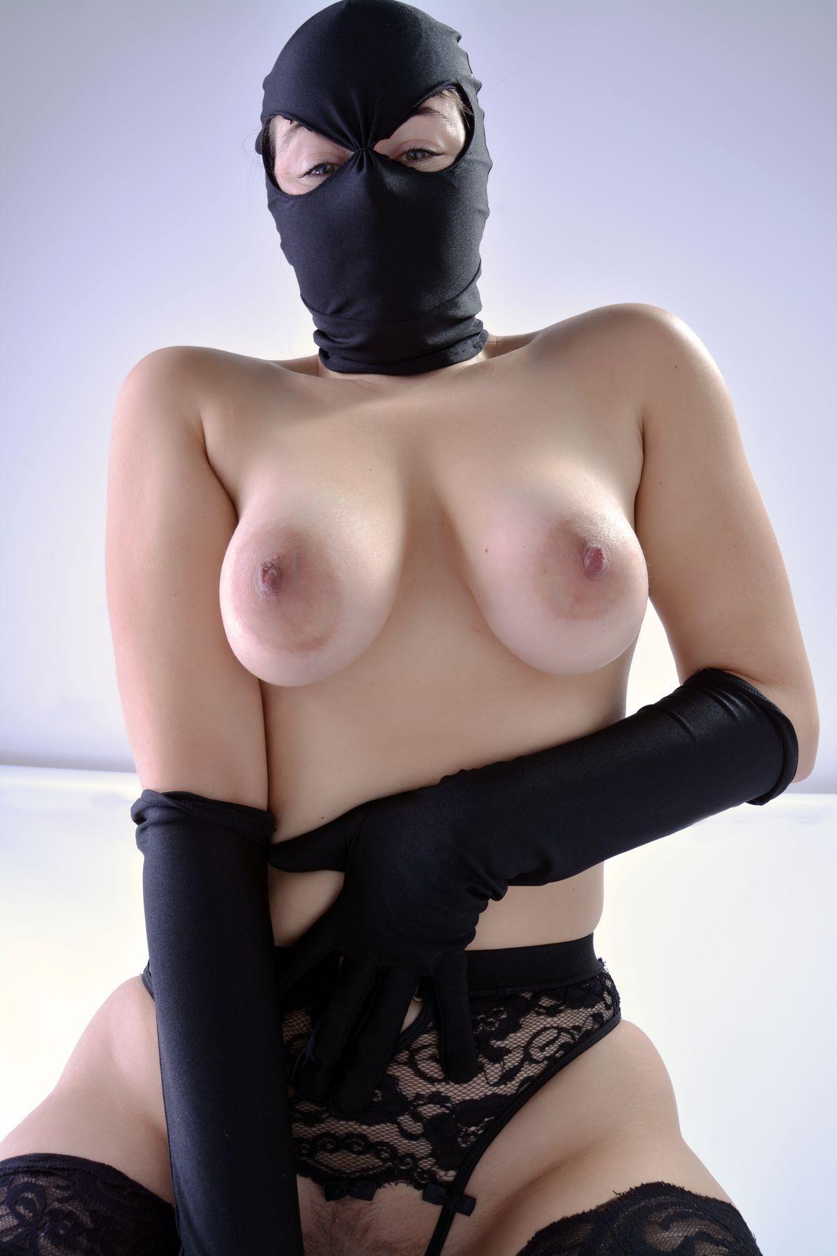Nude village aussy girl