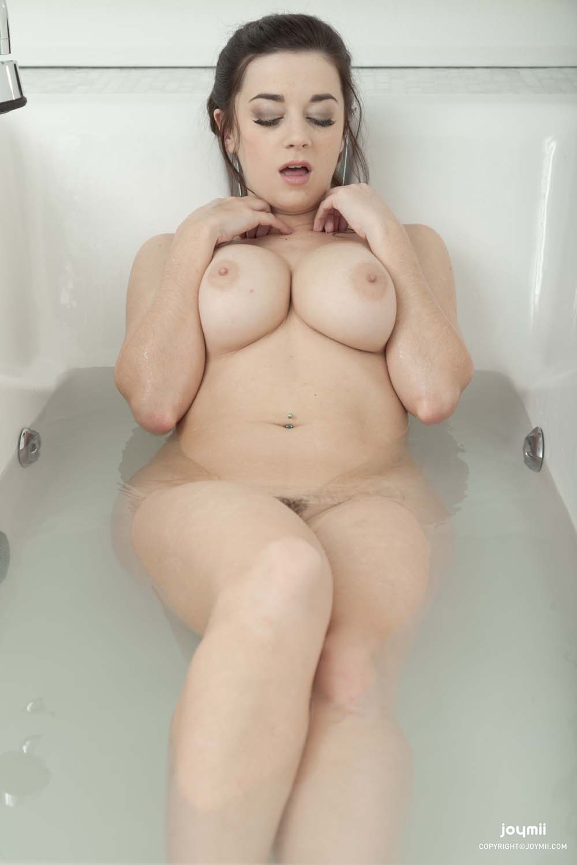 Lindsey Dawn Boobs
