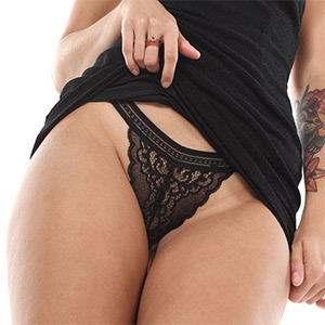 Agatha Vega Hot Shapes IStripper