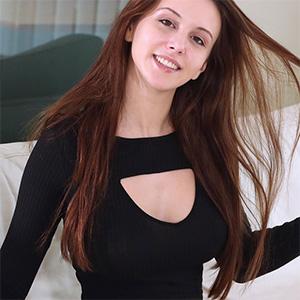 Alisa Amore Goddess Nudes