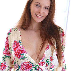 Alisa Amore Day To Relax Met Art