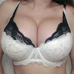 Amber Alder Sexy Webcam Model