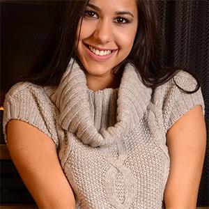 Bella Quinn Perfect Sweater Tits