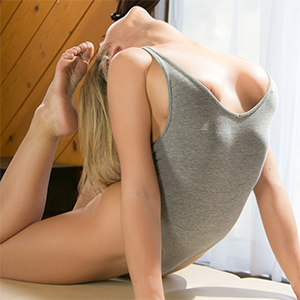 Blair Williams Stretching And Stripping