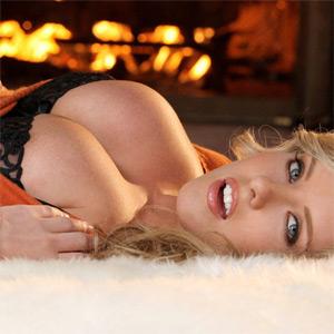 Brittanys Bod Warm Fire